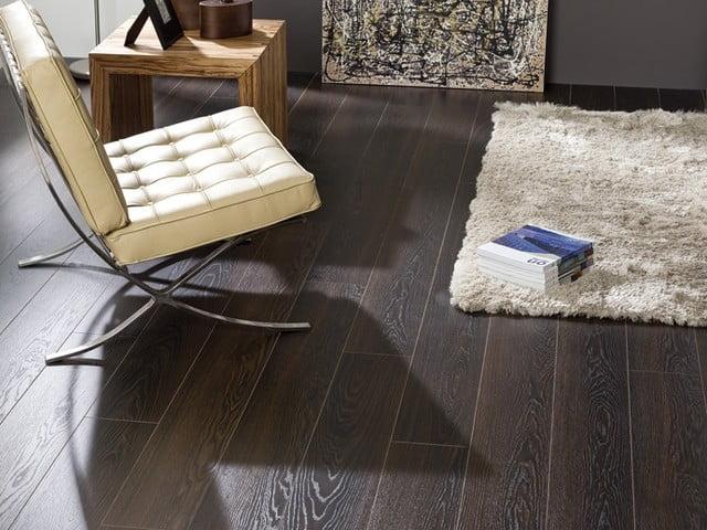 Oak And Black Laminate Flooring For A Floor Thats Everyones Envy
